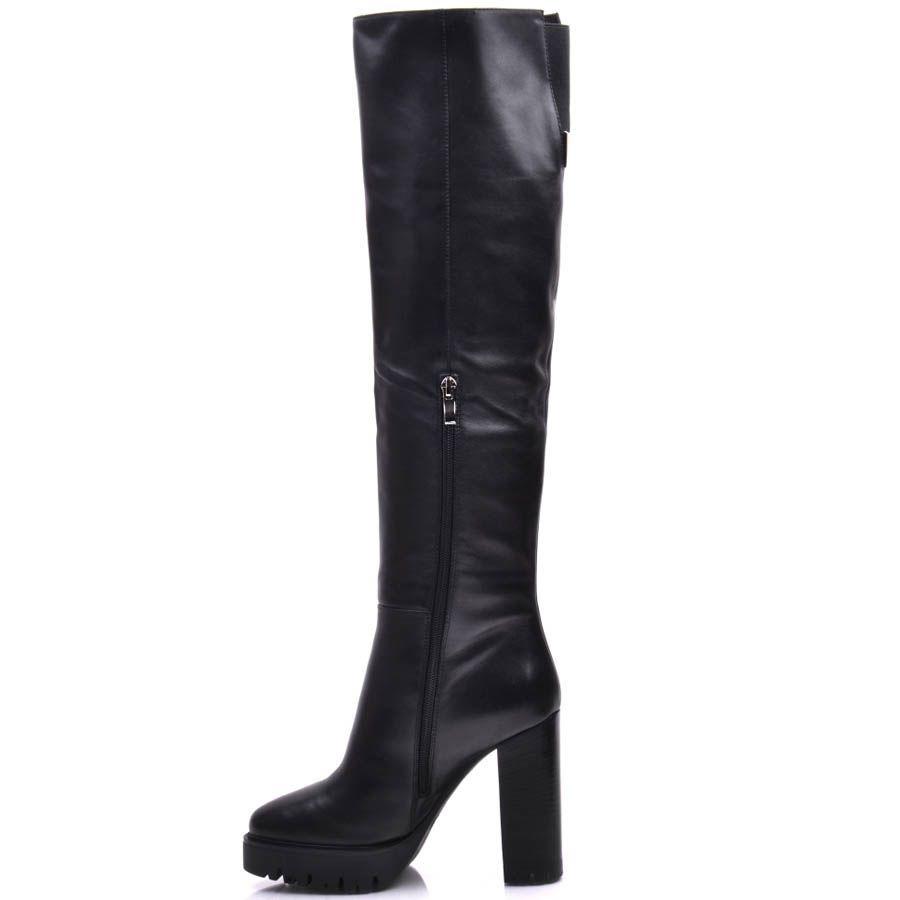 Ботфорты Prego зимние кожаные с узким носком на каблуке и с рельефной подошвой