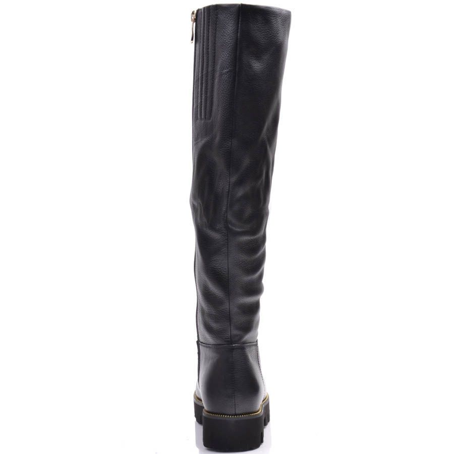 Сапоги Prego зимние черного цвета из кожи с зурчастой подошвой и золотистой вставкой на носочке
