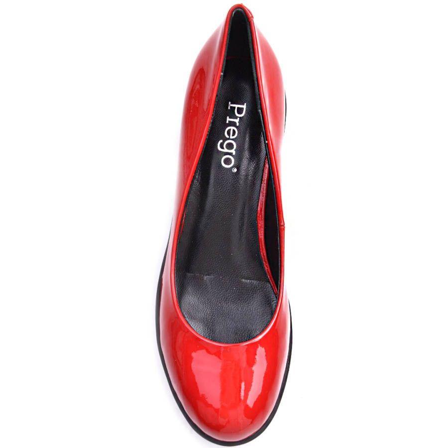 Туфли Prego лаковые красного цвета на толстом кабдуке и рельефной подошве