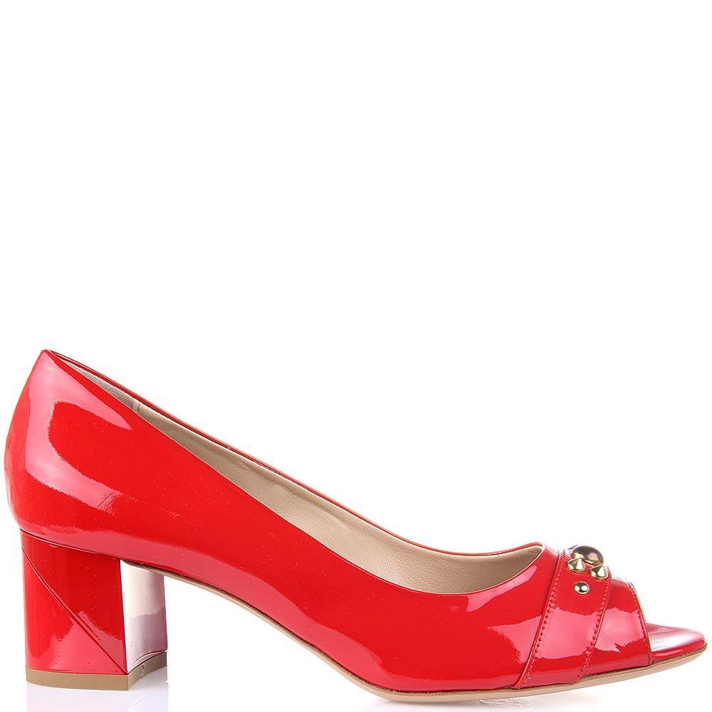 Лаковые женские туфли Baldinini красного цвета с открытым носком