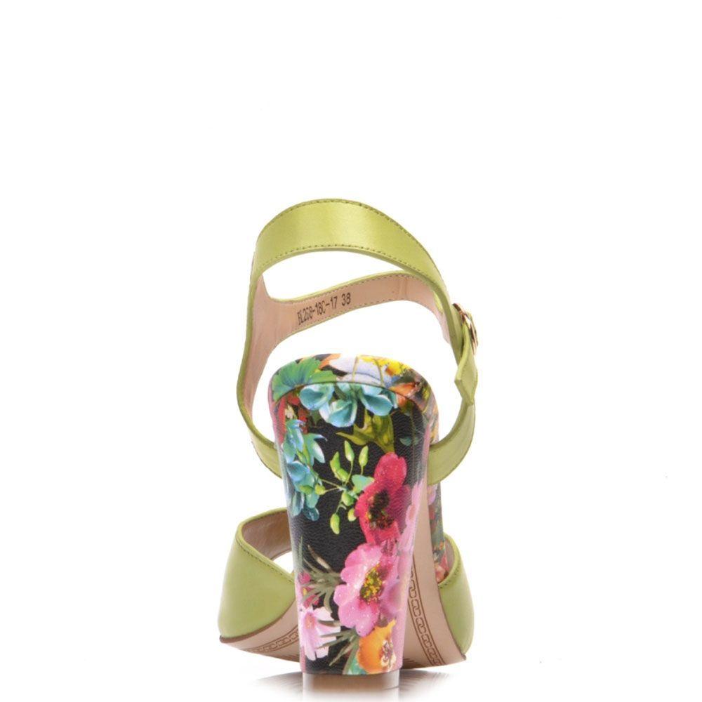 Босоножки Prego из кожи салатового цвета с цветочным принтом на каблуке