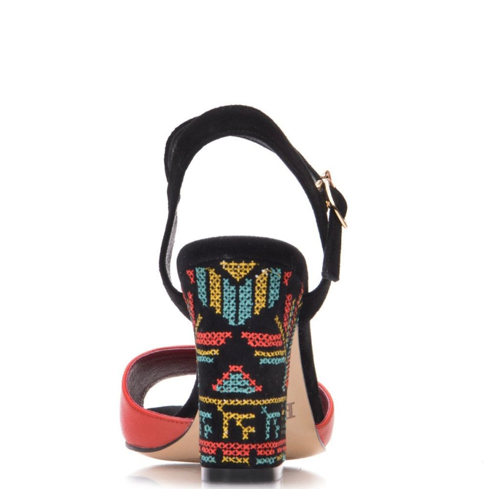 Босоножки Prego из кожи черно-красные с орнаментом на каблуке