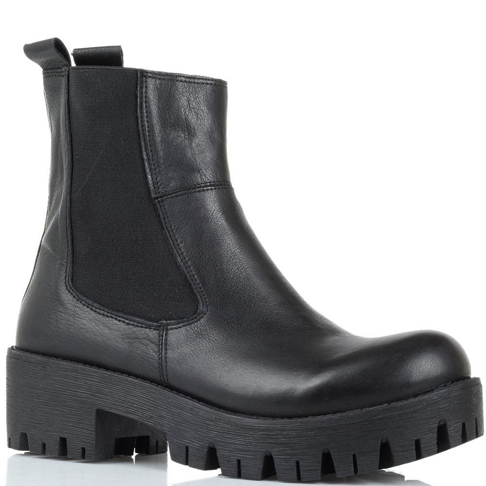 Кожаные ботинки черного цвета Studio Italia на толстой рельефной подошве