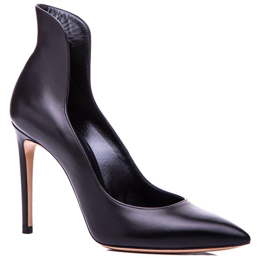 Туфли-лодочки Casadei черного цвета с фигурной щиколоткой и каблуком-шпилькой
