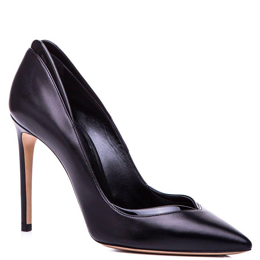 Туфли-лодочки Casadei черного цвета с v-образным вырезом на носочке и лаковой окантовкой