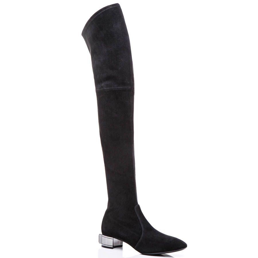 Ботфорты Casadei осенние черного цвета замшевые с большим кристаллом Swarovski на каблуке
