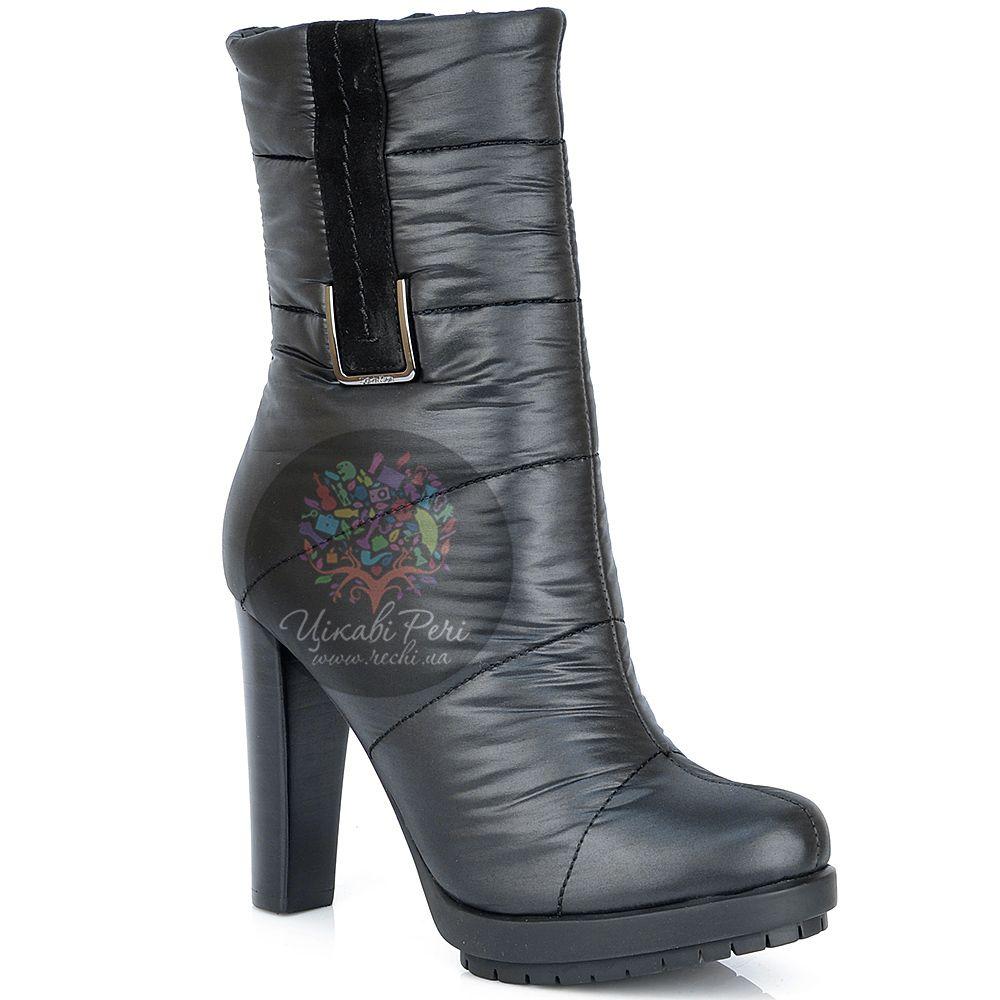 Высокие ботинки Calvin Klein стеганые текстильные утепленные на каблуке