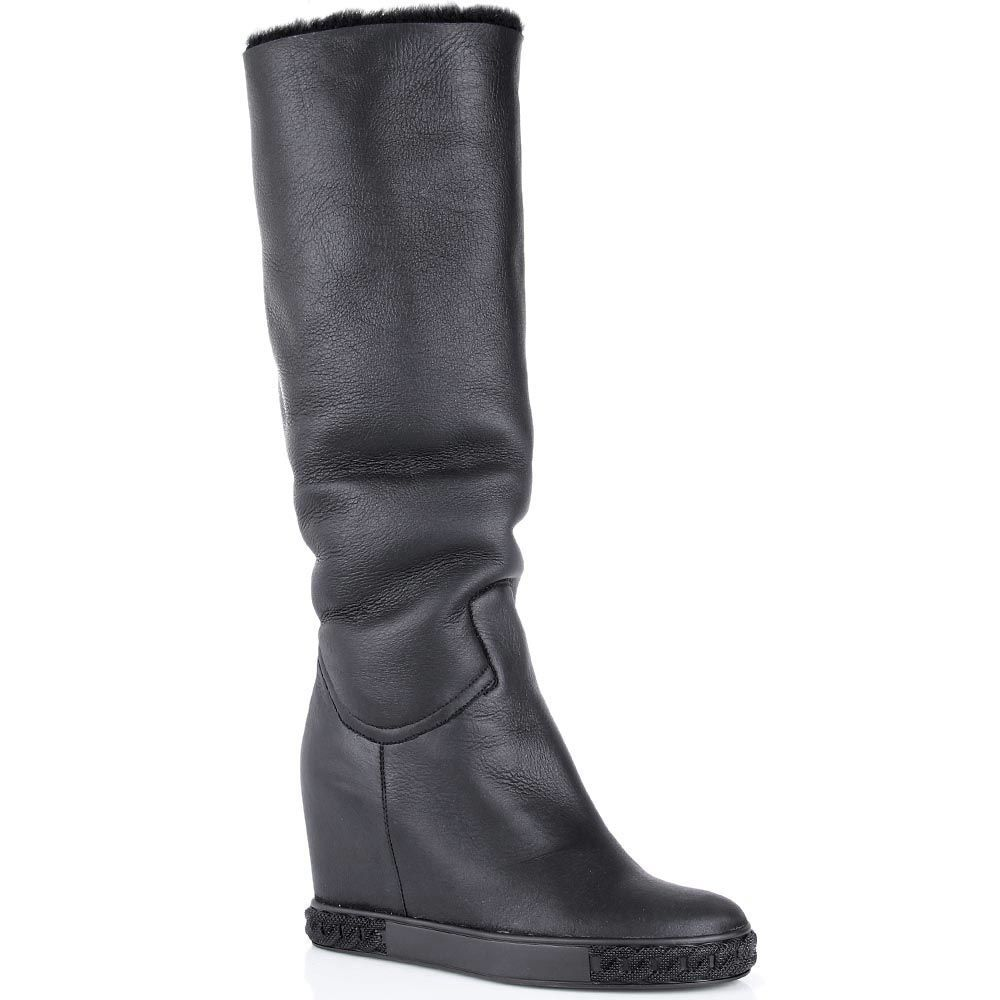 Сапоги Casadei черные кожаные с меховым отворотом