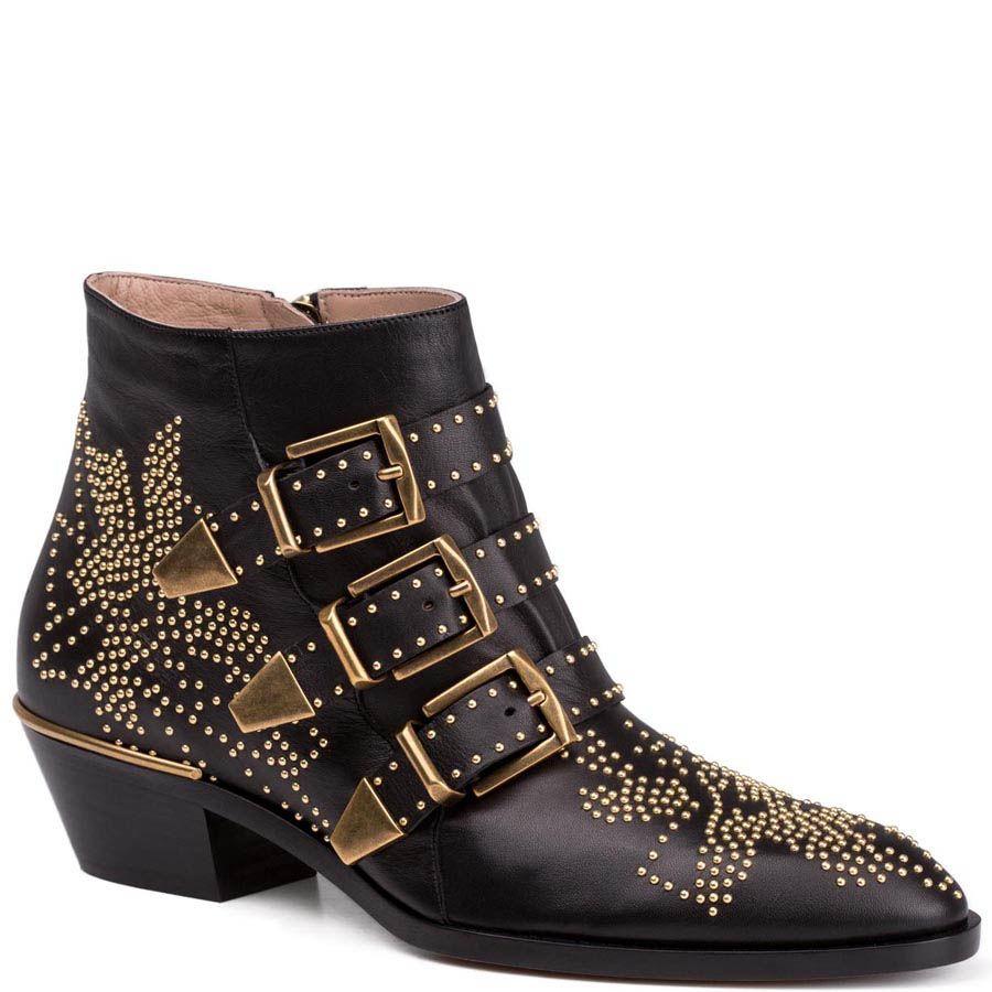 Ботинки Chloe черного цвета с пряжками и золотистыми заклепками