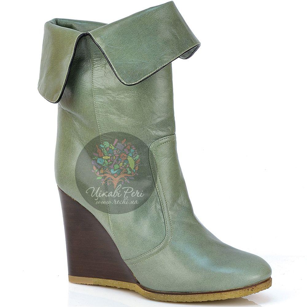 Ботинки Chloe осенние кожаные зеленые на танкетке