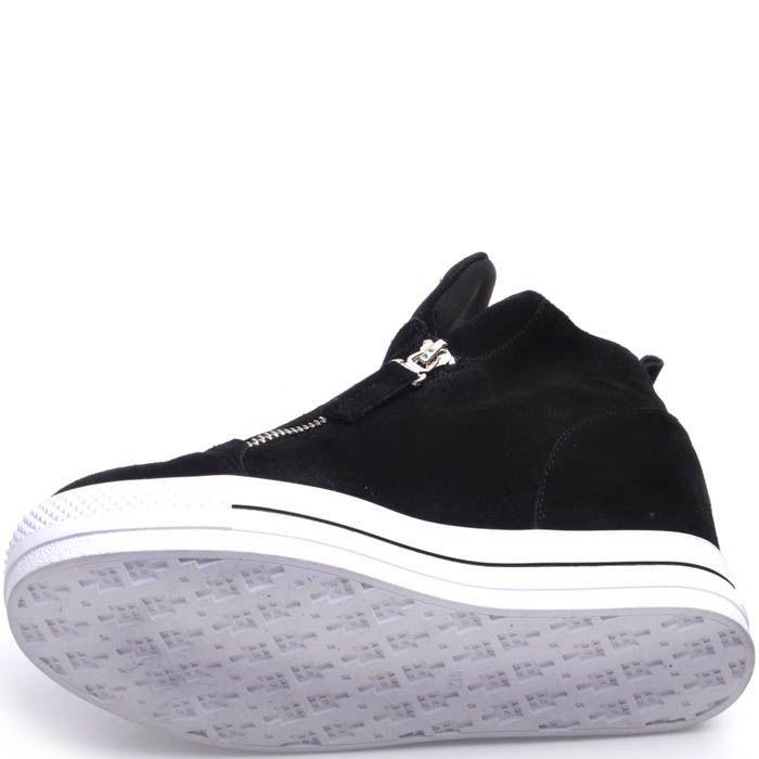 Ботинки Prego замшевые черного цвета на резиновой танкетке с рисунком звезды из заклепок