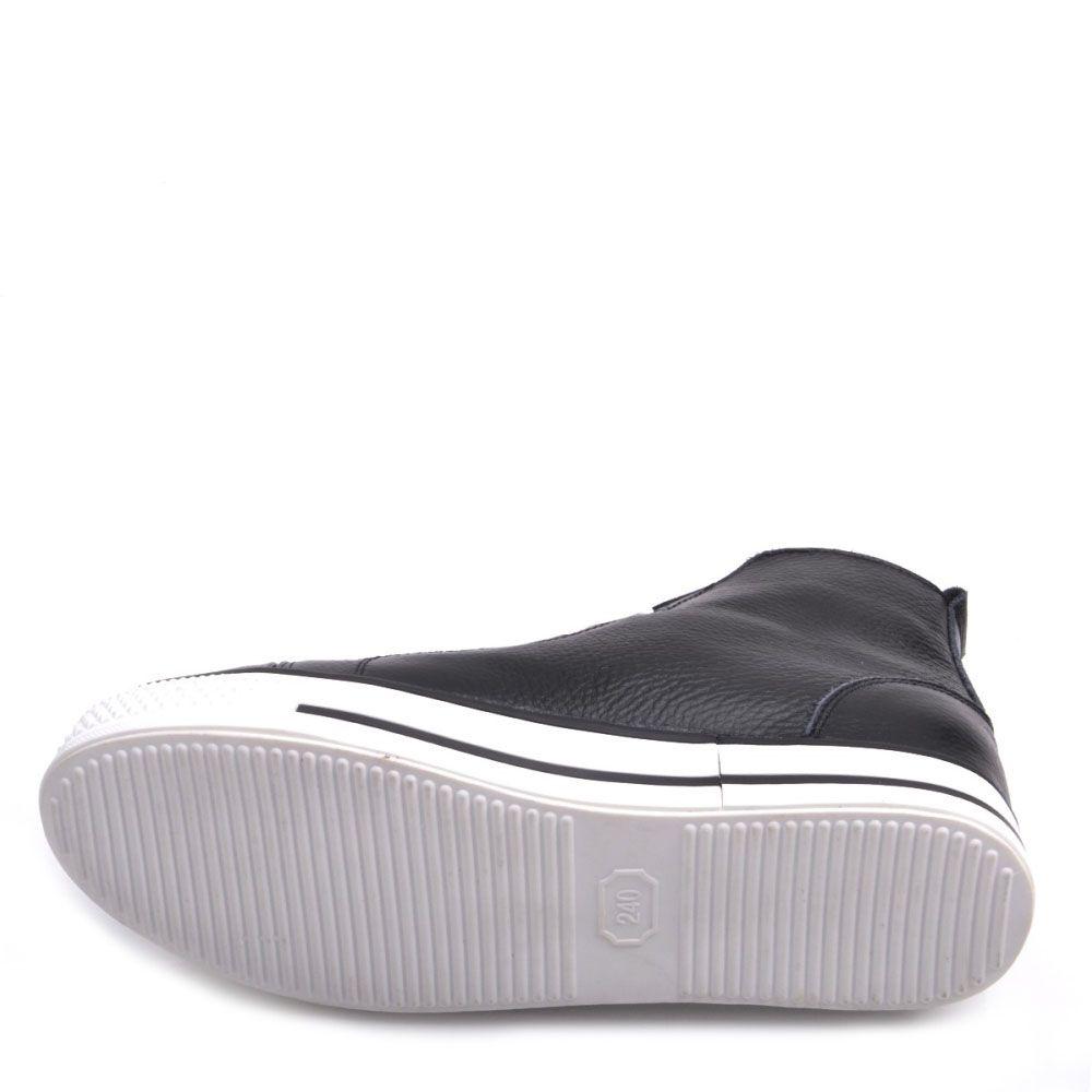 Кеды Prego из кожи черные на белой подошве и с белой шнуровкой