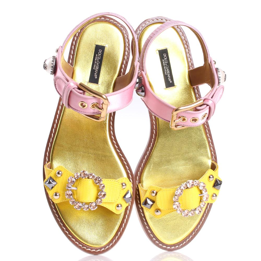 Сандалии Dolce&Gabbana желтого цвета со стразами