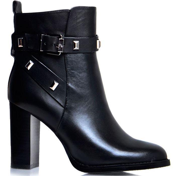Осенние ботинки Prego черного цвета с ремешком на высоком каблуке