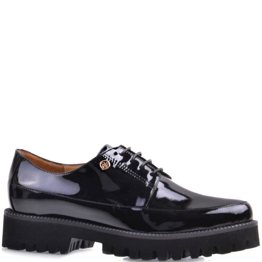 Туфли Prego женские лаковые черного цвета со шнуровкой на рельефной подошве