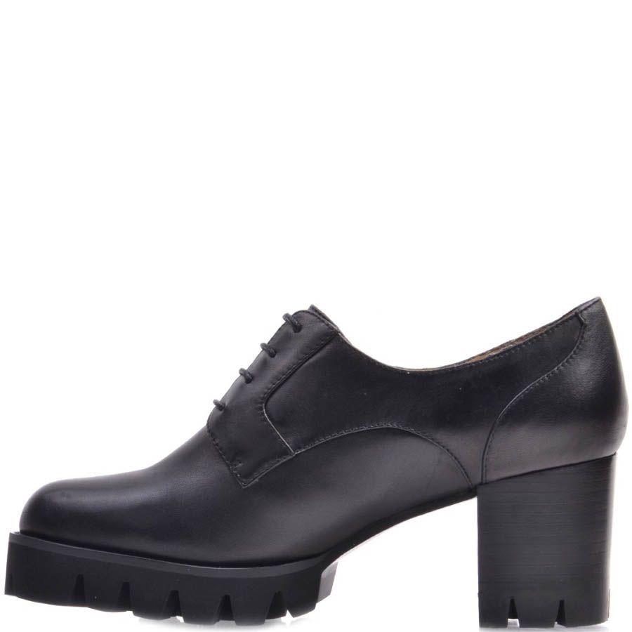 Ботинки Prego осенние черного цвета по щиколотку на толстом каблуке