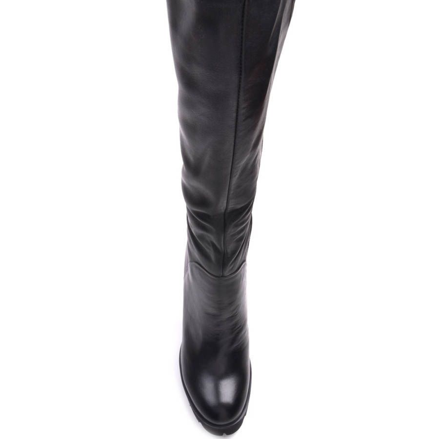 Зимние сапоги Prego из кожи черного цвета на каблуке и танкетке