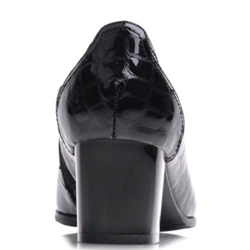 Туфли Prego лаковые черного цвета с рельефным тиснением кожи