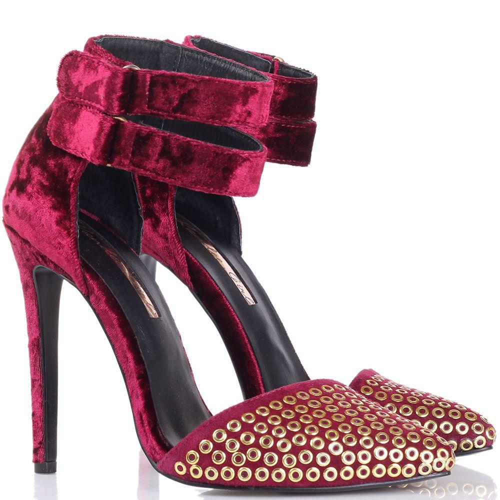 Босоножки Kandee бордового цвета с золотистыми круглыми заклепками на носке