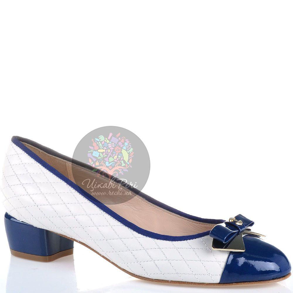 Туфли Essere кожаные стеганые белые с лаковым синим носком и каблуком