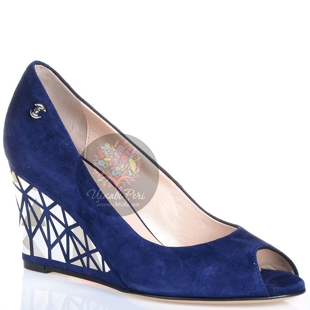 Туфли Essere на танкетке с серебристым декором замшевые темно-синие с открытым носком