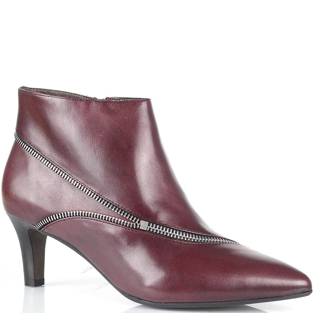 Ботильоны Bruno Premi бордового цвета на низком каблуке с зауженным носком