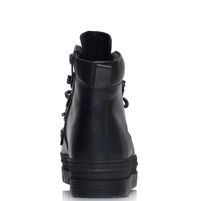 Черные кожаные ботики Prego на рельефной подошве с декоративными цепями