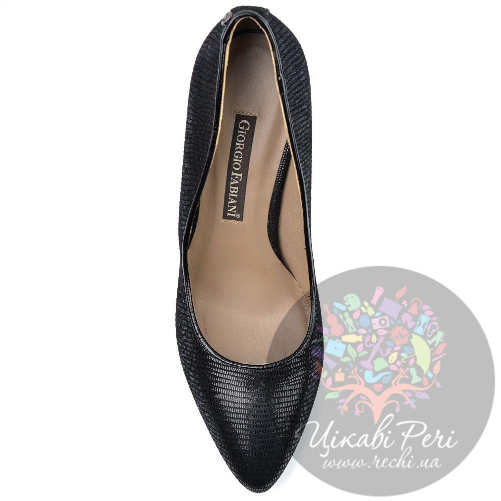 Туфли Giorgio Fabiani черные из стилизованной под змеиную кожу замши