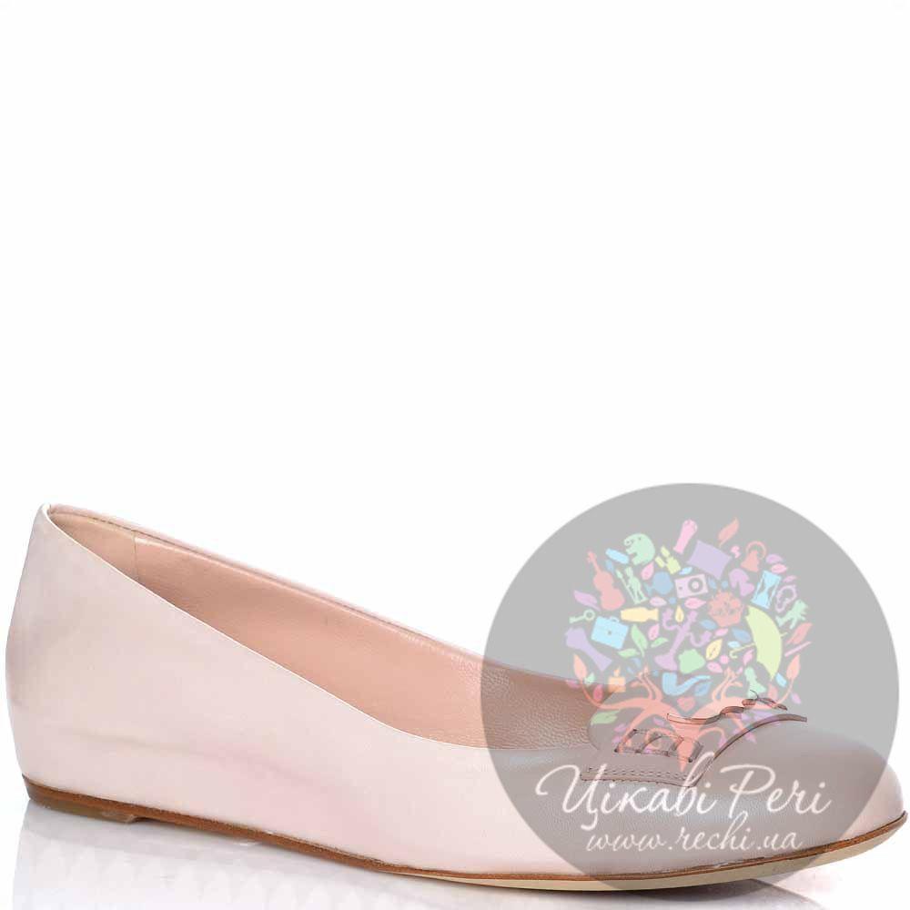 Туфли-балетки Giorgio Fabiani на скрытой танкетке кожаные пудровые