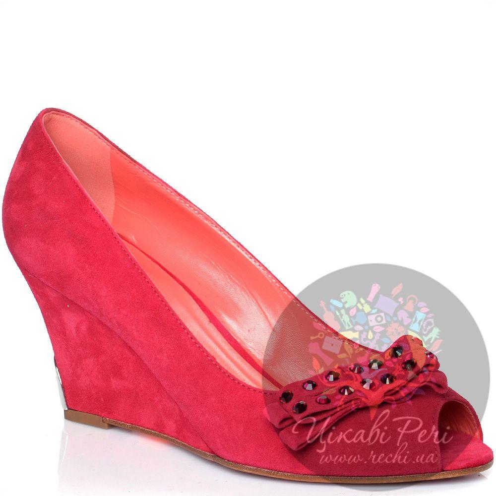 Туфли Giorgio Fabiani замшевые ярко-розовые на танкетке с открытым носком