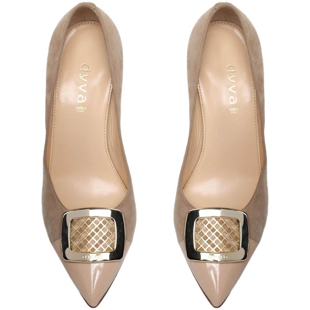 Замшевые туфли-лодочки бежевого цвета с лаковым носочком Dyva