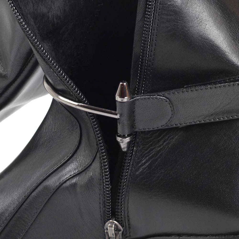 Высокие кожаные сапоги на меху Ginni с металлическим декором