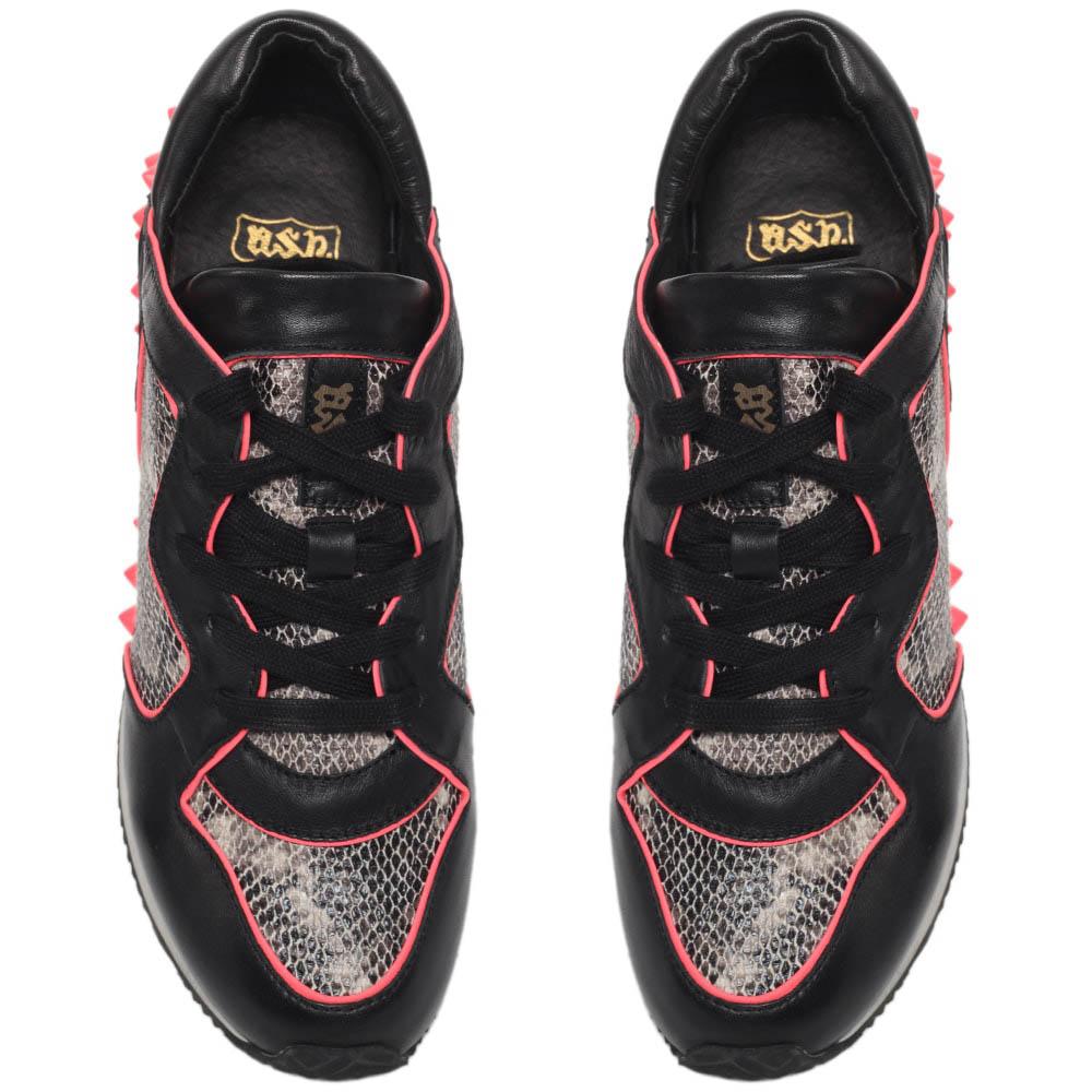 Кроссовки из кожи с фактурой питона черного цвета ASH с розовыми шипами