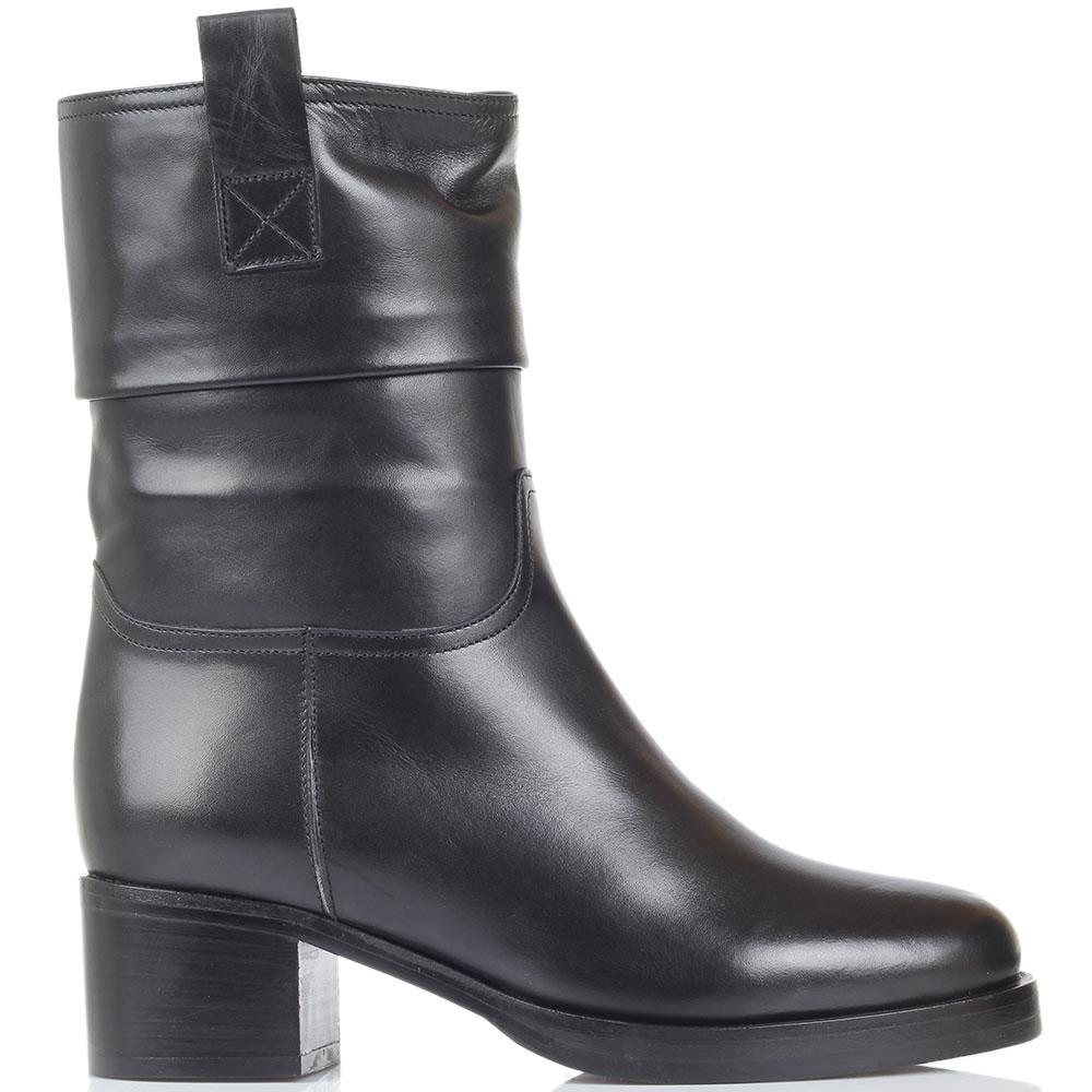 Зимние кожаные сапоги Bervicato короткие черного цвета