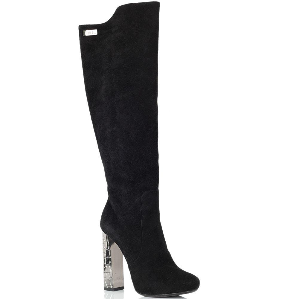 Замшевые сапоги Twice черного цвета на серебристом каблуке