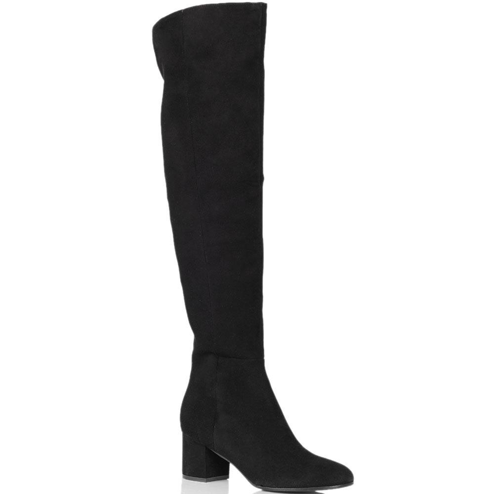 Замшевые ботфорты The Seller черного цвета на среднем каблуке