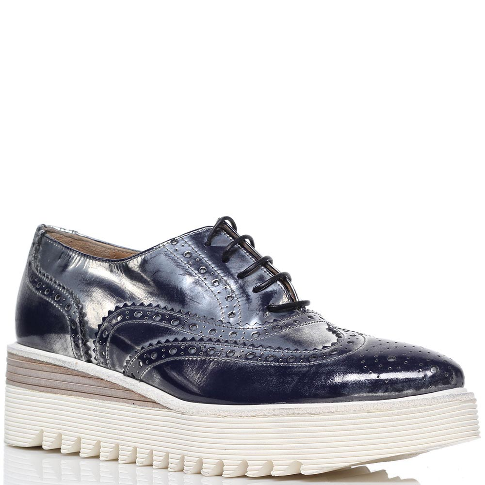 Кожаные туфли-броги синего цвета с перфорацией Laura Bellariva на шнуровке