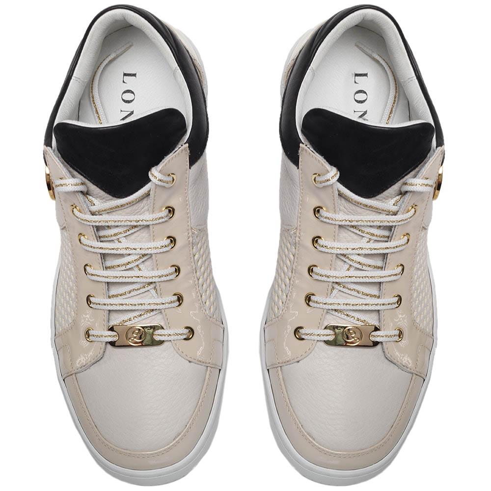 Кеды из перфорированной кожи бежевого цвета с лаковыми деталями Lonvie на шнуровке