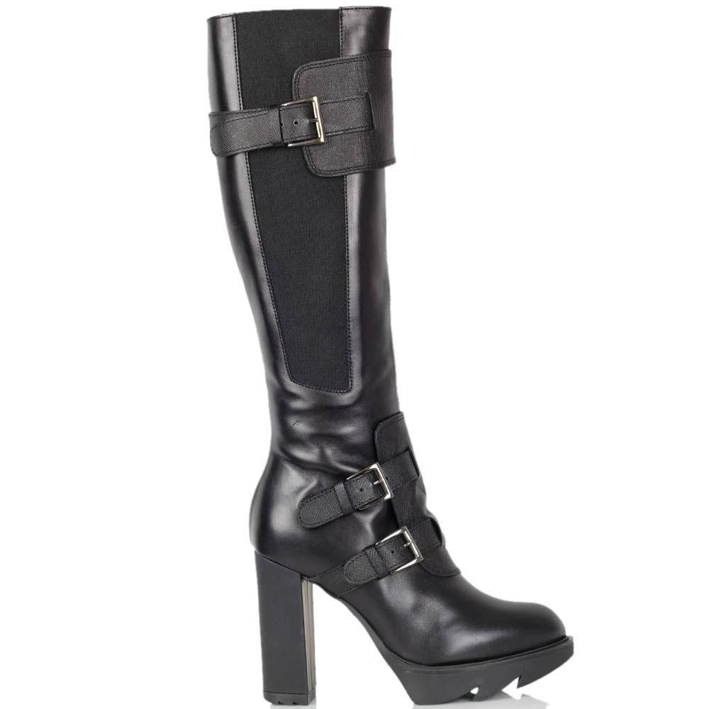 Кожаные сапоги Gianfranco Butteri черного цвета со вставкой-резинкой и декоративными ремешками