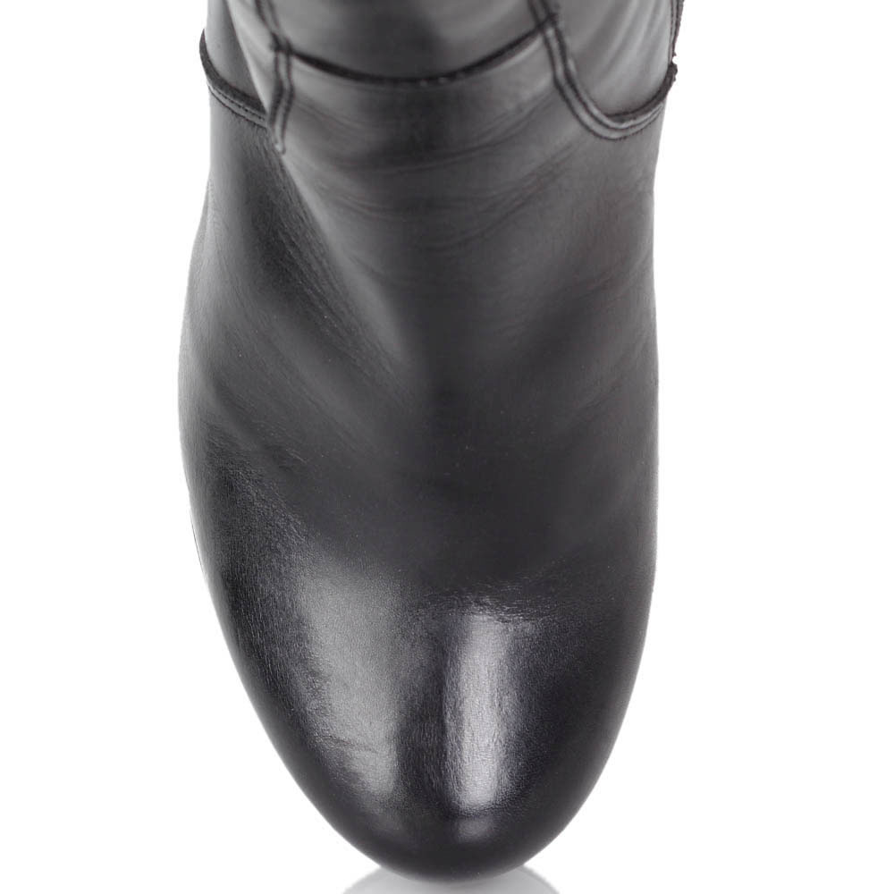 Зимние сапоги Kelton черного цвета на высокой танкетке