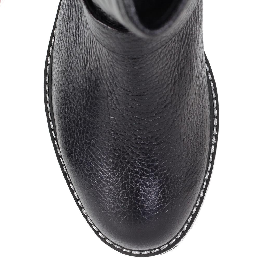 Зимние сапоги Trend BB из стеганой кожи черного цвета на тракторной подошве