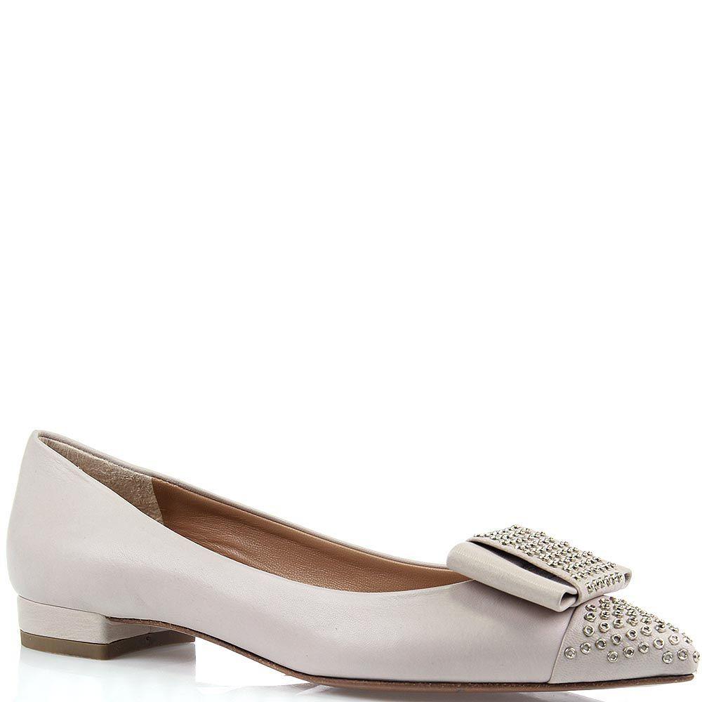 Женские туфли The Seller Julie Dee серо-бежевого цвета с острым носиком