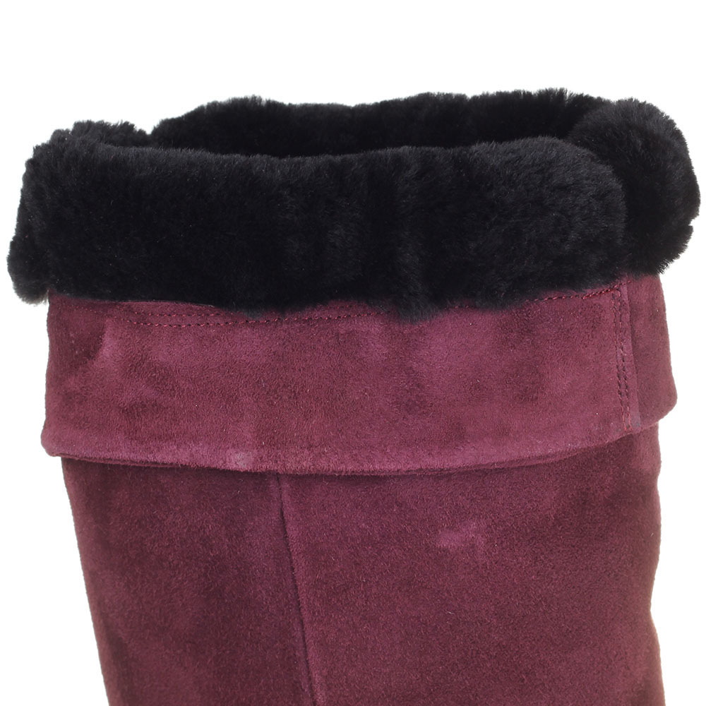 Зимние ботфорты The Seller Jullie Dee бордового цвета на толстой подошве