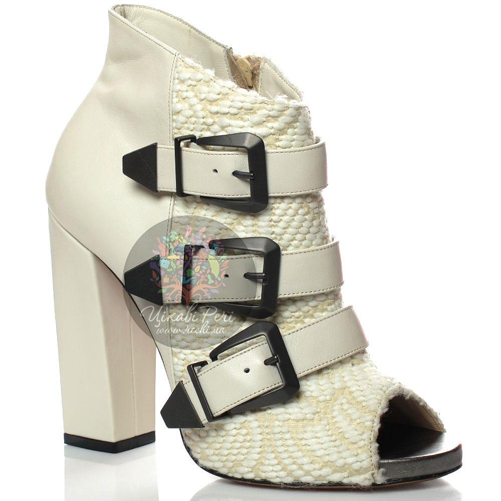 Шутис Kalliste на каблуке-столбике кожаные с текстилем молочного цвета