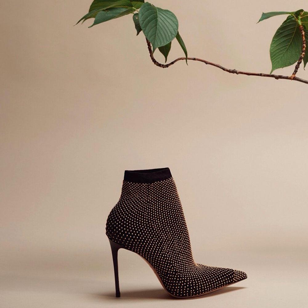 Туфли Le Silla с декором в черном цвете