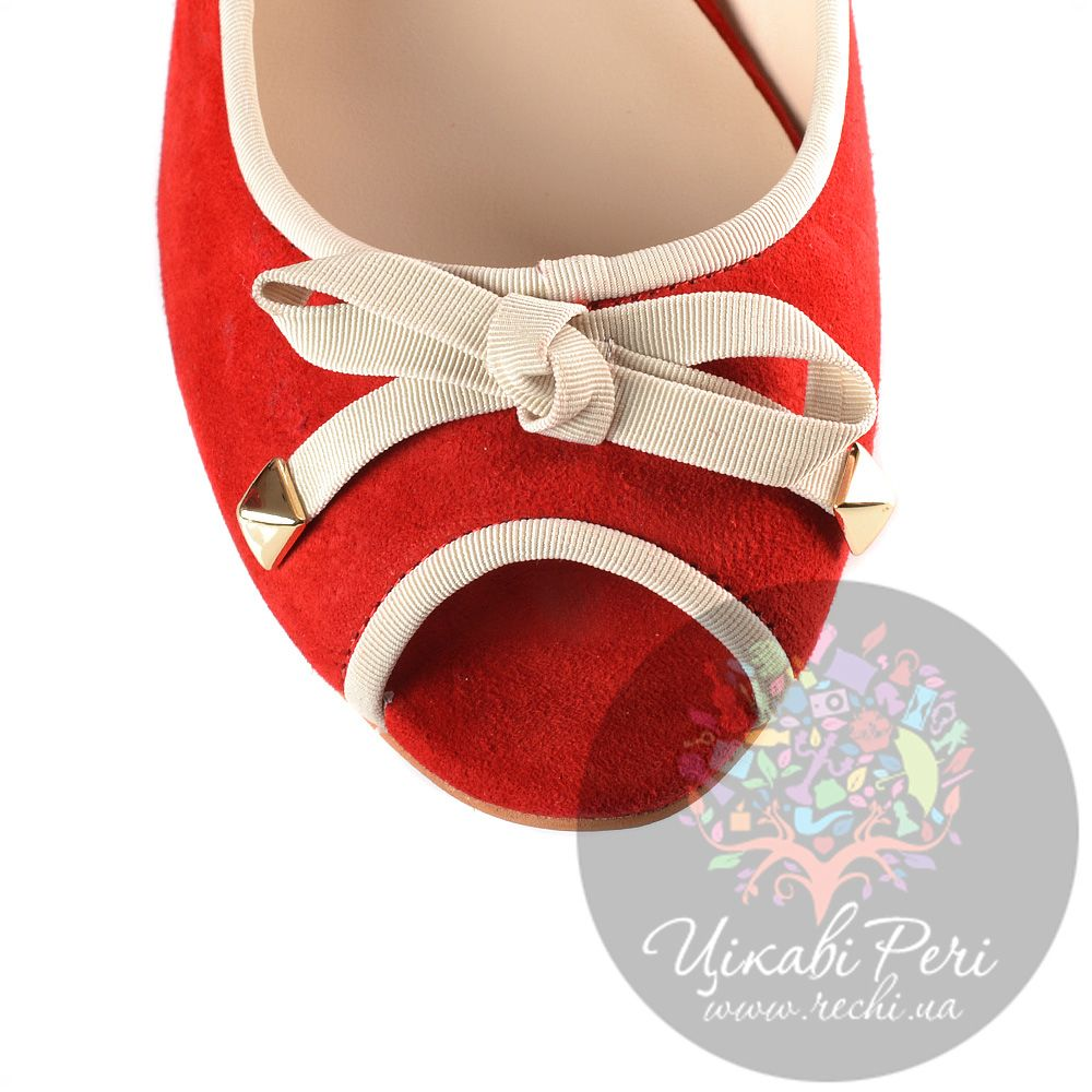 Туфли Laura Mannini на скрытой низкой танкетке замшевые красные с открытым носком