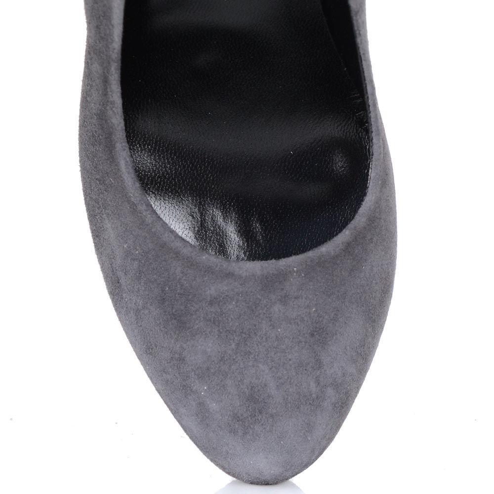 Туфли Loriblu из серой натуральной замши на шпильке с бахромой