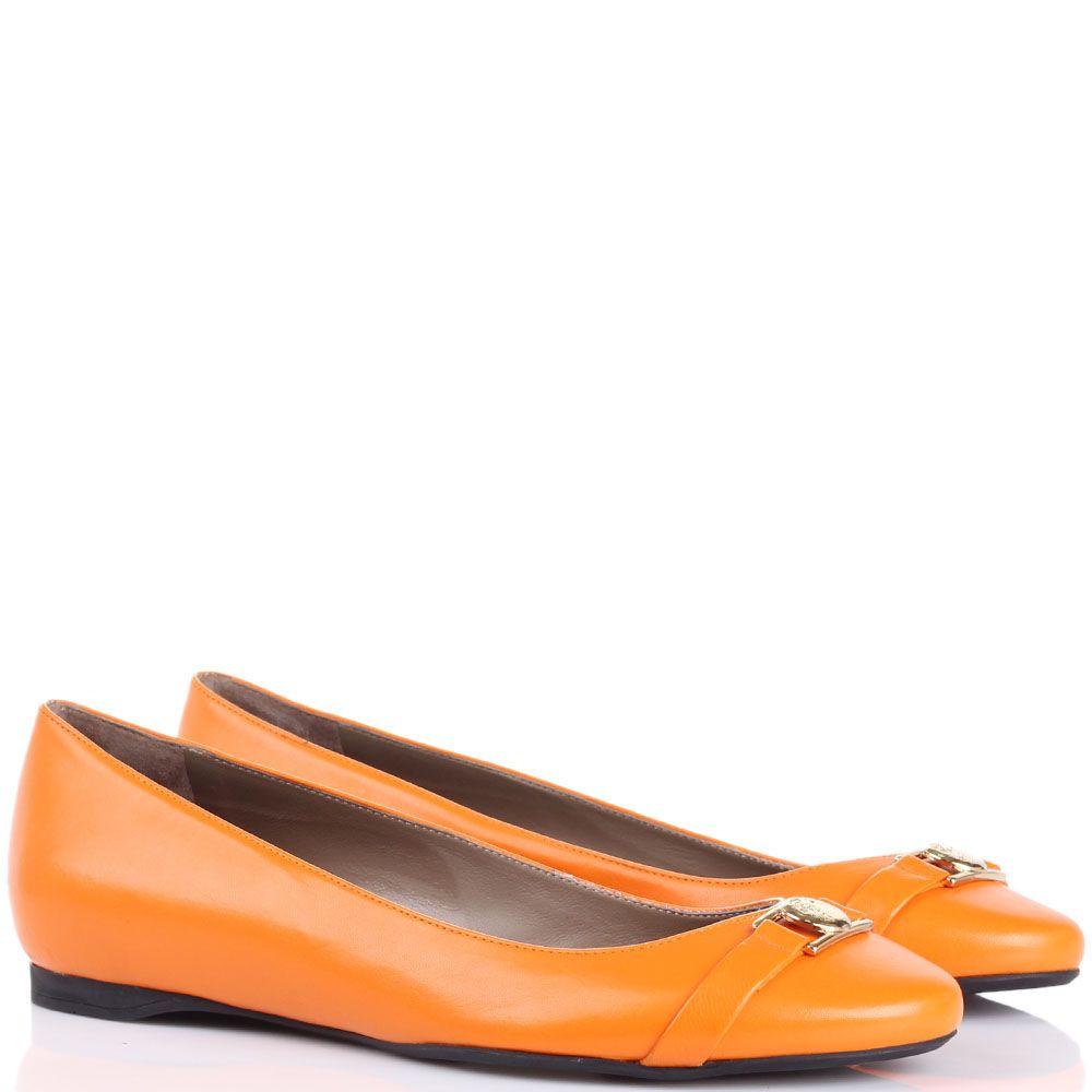 Балетки Versace Collection оранжевого цвета с золотистым логотипом