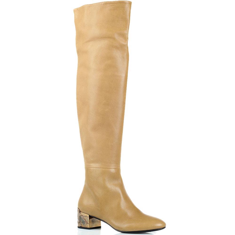 Кожаные сапоги-ботфорты на низком каблуке Ginmarco Lorenzi бежевого цвета