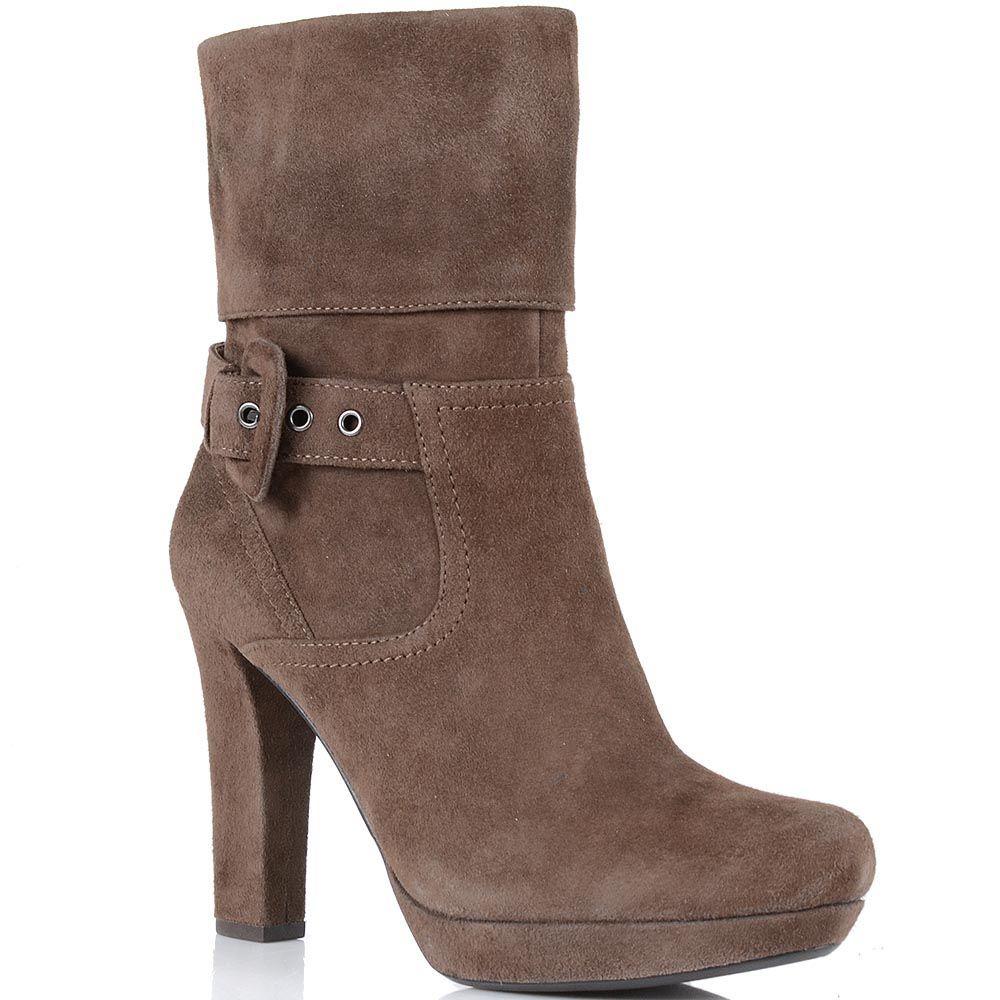 Ботинки Laura Mannini на высоком каблуке из замши светло-коричневого цвета